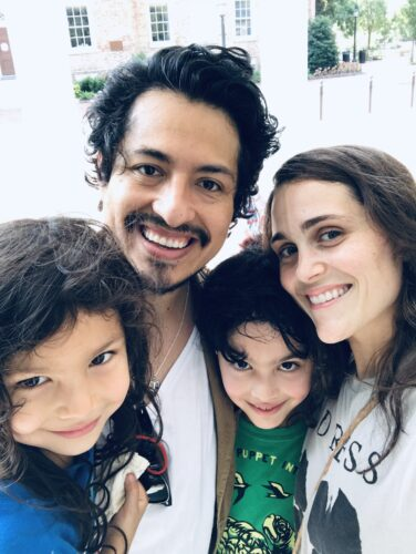 Geovani Ramirez with his wife and two children