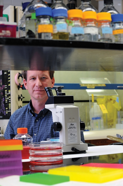 Portrait of Ned Sharpless in the lab.